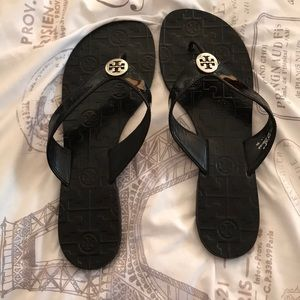 94ffbabc6285 Tory Burch Shoes - Tory Burch THORA- PATENT CALF BLACK